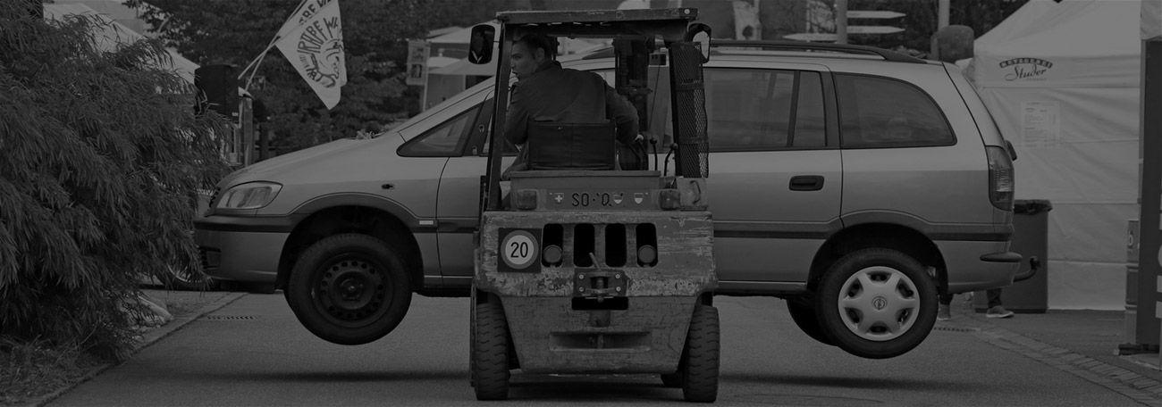 Wann darf man den Gabelstapler im öffnetlichen Straßenverkehr fahren? Welche Voraussetzungen müssen erfüllt sein?